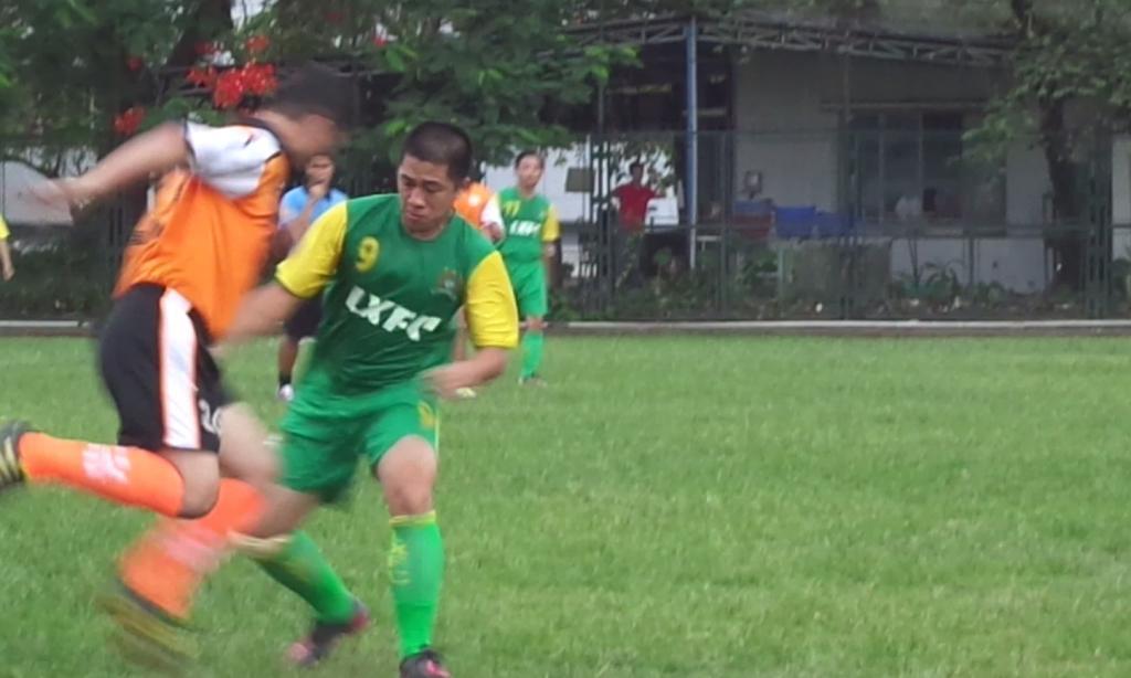 BÌNH LUẬN 10/11/12: LXFC - AVOCAT FC  3 - 2 (Sân Thăng Long) Wb