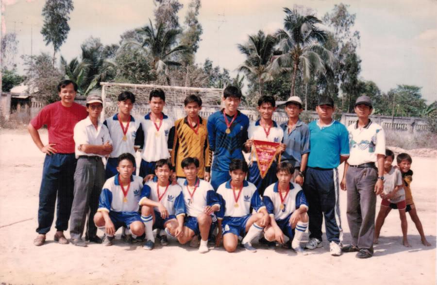 THOAI NGOC HAU FC 1998 ThoaiNgocHauFc2A-1