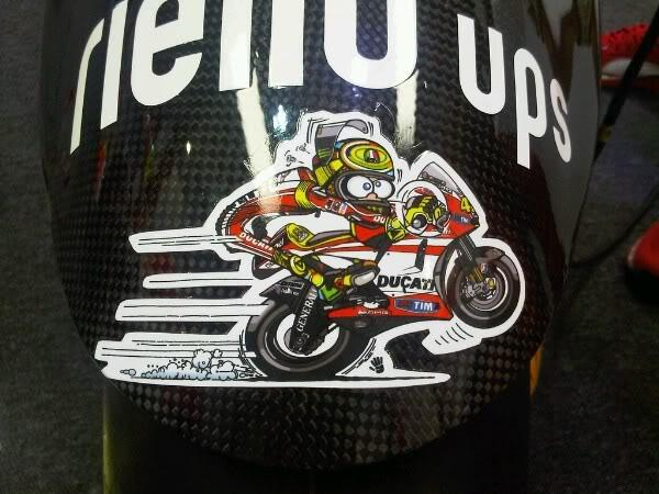 MotoGP 2011 - Grand Prix of QATAR - Página 2 Rossisticker