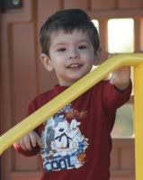 Ethan Fernando Ellis allegedly abducted by his mother, Carla Velasco, on October 17, 2009 in Spring Texas/  May have traveled to Bolivia Ethan_Ellis_Railing