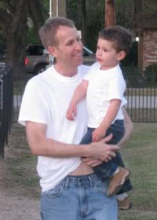 Ethan Fernando Ellis allegedly abducted by his mother, Carla Velasco, on October 17, 2009 in Spring Texas/  May have traveled to Bolivia Ethan_Ellis_White-TShirt