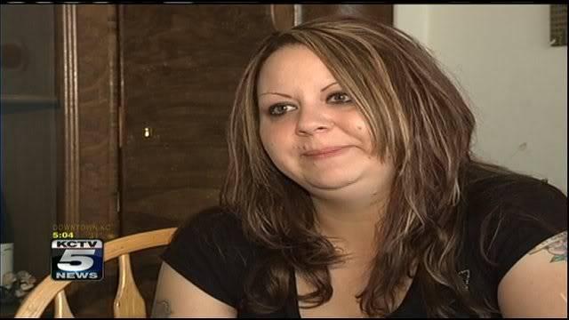 Lisa Irwin, still missing in Kansas City, MO - Page 11 15728409_BG1