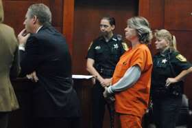 Misty Croslin's trial for drug charges set for Oct./Tommy Croslin gets 15 years in prison (see seperate thread)/Donna Brock sentenced to 15 years /Ron attempting plea deal.Croslin parents arrested for crack/bailed out and now back in for VOP. Met_02BrockSentencin