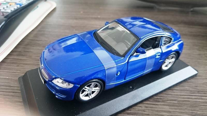 BMW Z4 M Coupe 1/32 BURAGO 2016-05-27%2014.07.38