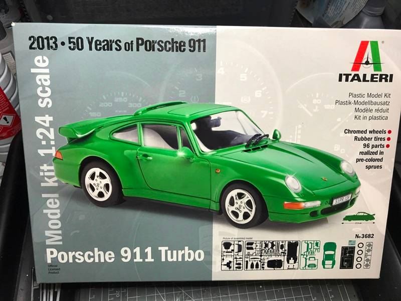 Porsche 911 Turbo Italeri 1/24 - Página 2 2017-01-11%2021.27.13