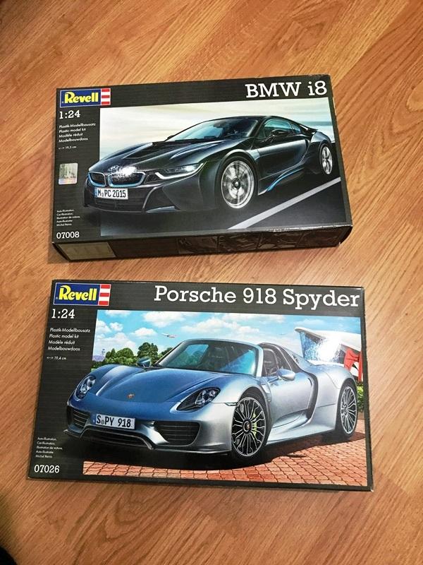 BMW i8 contra Porsche 918 Spyder REVELL 1/24 2017-05-02%2001.16.02