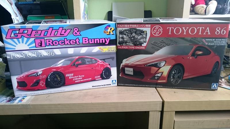 Toyota gt 86 y toyota gt 86 Rocket Bunny  Aoshima  1/24 - Página 5 DSC_0360