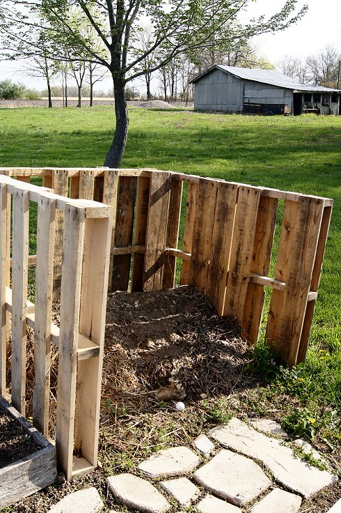 What would you say if I told you how to make a raised  bed garden at $0.00 cost Dsc07503_zps3be198ba