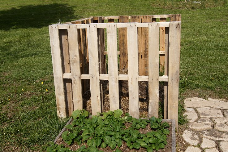 What would you say if I told you how to make a raised  bed garden at $0.00 cost Dsc07683_zps3be73964