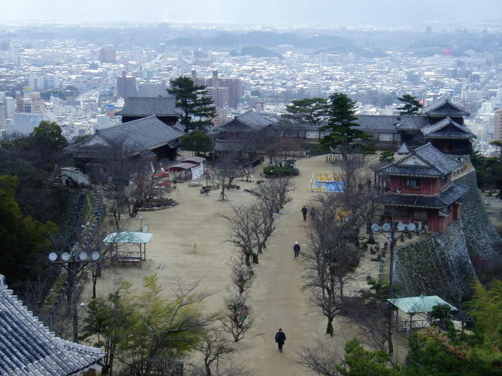 """""""Fs9"""" Aproximação e Pouso em Matsuyma Iyo-Matsuyama_Castle_Hommaru"""