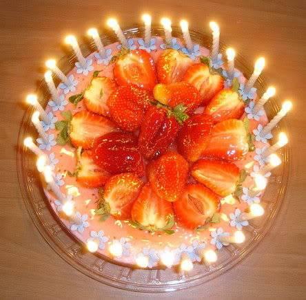 Chúc mừng sinh nhật chị nghiagianganh!!^^* 7920_1102328850390_1591782296_30238