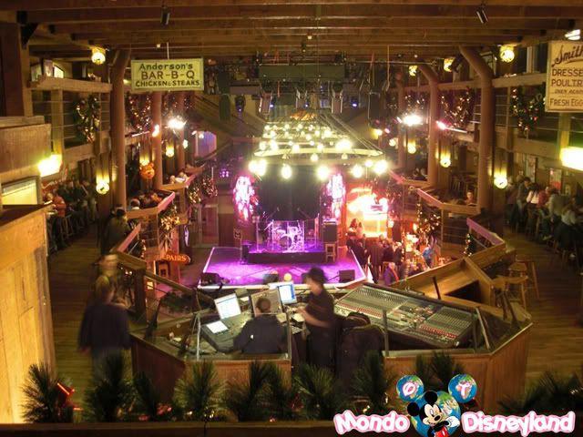 Disney Village :: Billy Bob's Country Western Saloon - Pagina 2 1-5
