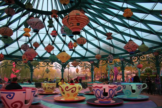 MAD HATTER'S TEA CUPS - Fantasyland 1616322005_96472ba8d4_o