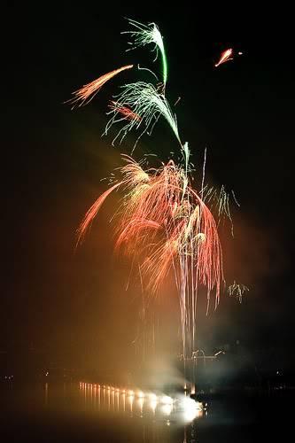 DISNEY VILLAGE - Disney's bonfire 3030895282_c187589796