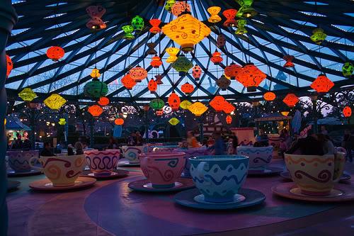 MAD HATTER'S TEA CUPS - Fantasyland 914403013_939b2a31ab