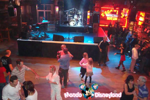 Disney Village :: Billy Bob's Country Western Saloon - Pagina 5 DSC03982