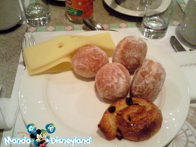 Disneyland Hotel :: Inventions Foto0276nl1