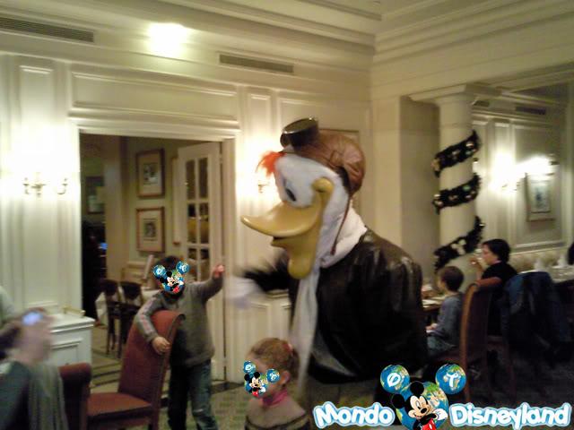 Disneyland Hotel :: Inventions Foto0378ku2