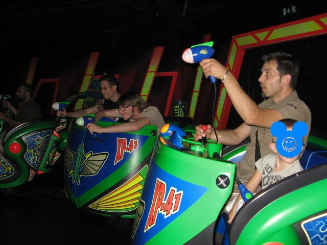 BUZZ LIGHTYEARS LASERBLAST - Discoveryland - Pagina 2 Racconto46in7
