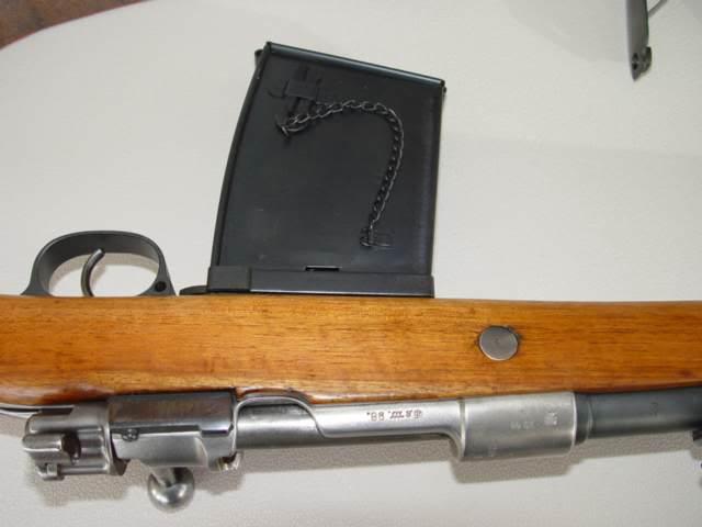 Un G98 à chargeur 590081