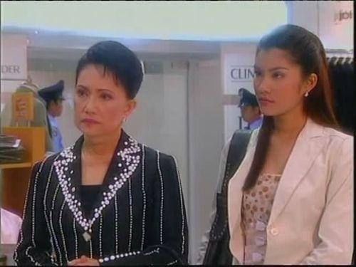 Ловушка любви  /  Leh Ratee (A Woman's Trickery)  (Таиланд, 2004г., 12 серий) 9357d3427c006871e3524adad9183715