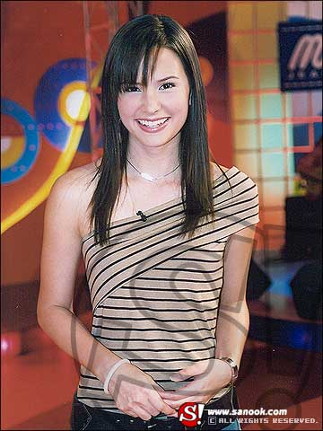 Ловушка любви  /  Leh Ratee (A Woman's Trickery)  (Таиланд, 2004г., 12 серий) - Страница 2 Ec724cd298121724b70dafa1bc96c1d7