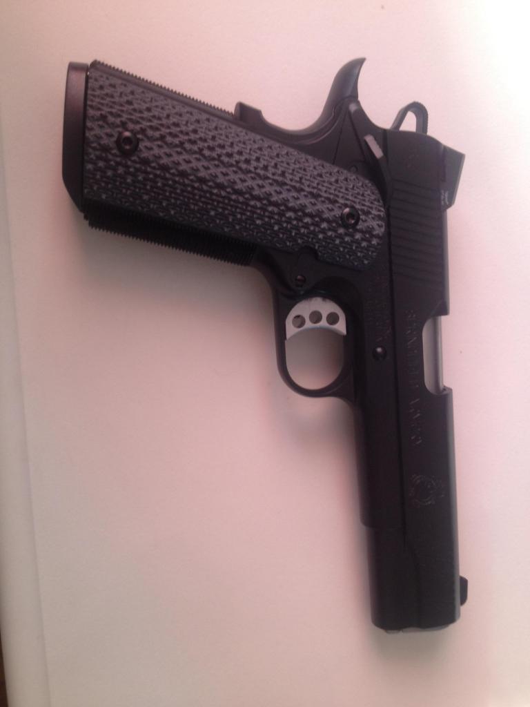 Handgun commandé! Recu et photo!! Image_zps0e049373