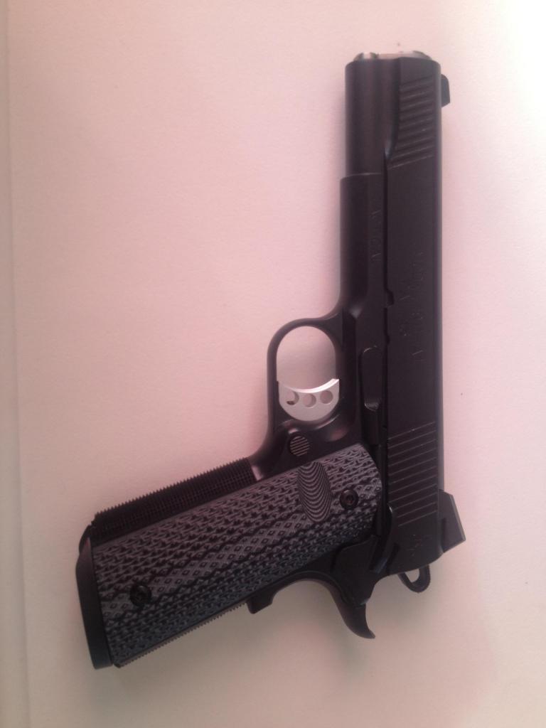 Handgun commandé! Recu et photo!! Image_zps680a71ea