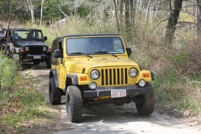 Andrew's Yellow Jeep Build. File-1849