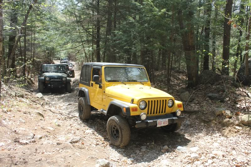 Andrew's Yellow Jeep Build. File-394
