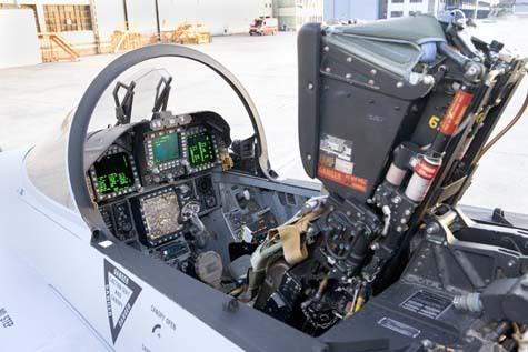 Vuelo Solo A4AR EF-18MLU_2-1