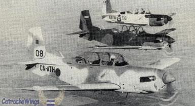 FRA: Photos avions d'entrainement et anti insurrection - Page 5 T34speru3bo