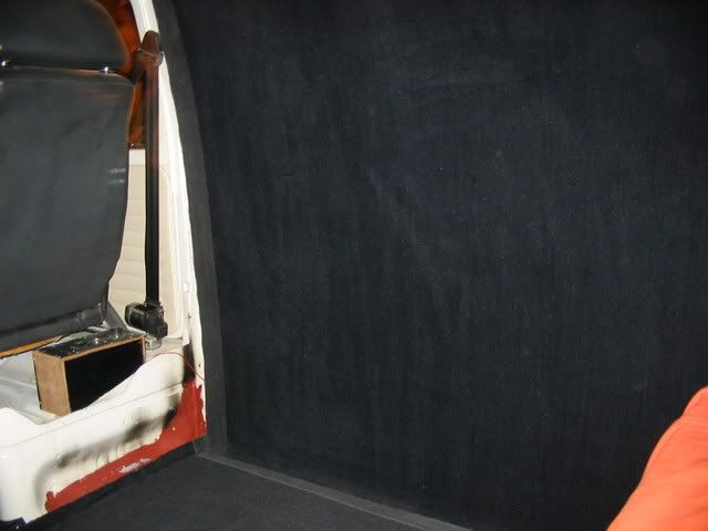 The 72 custom bay called hank - Page 15 Frontsidecarpet