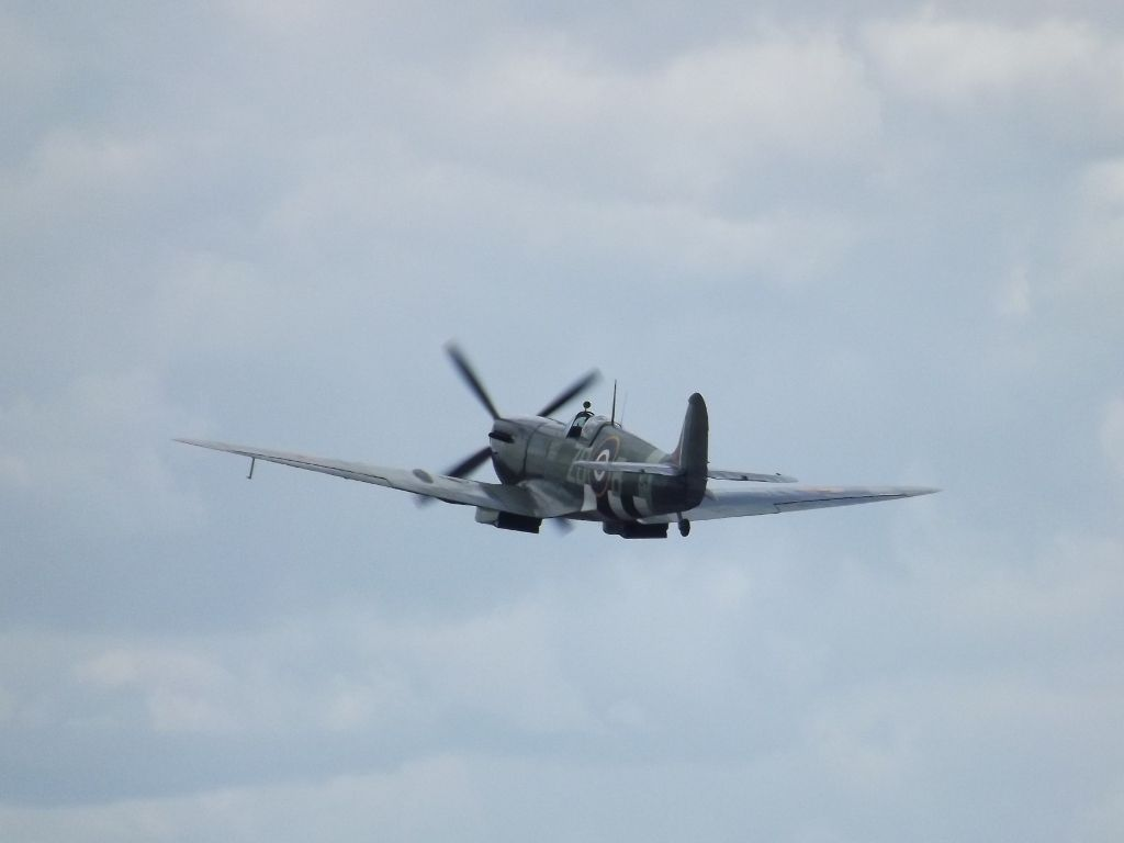 Seeing Double Spitfire_zpsab4997be
