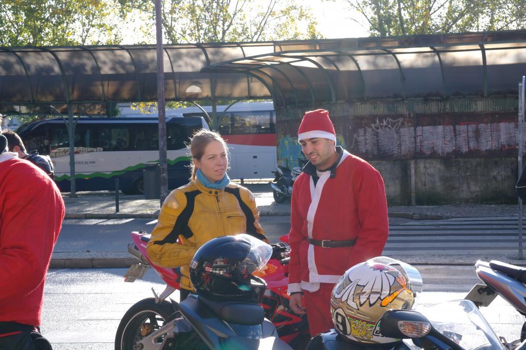 [CRÓNICA] Festa / Desfile de Natal 2014 - CBRPortugal.com - Página 5 SAM_9329_zpsc07b94cb