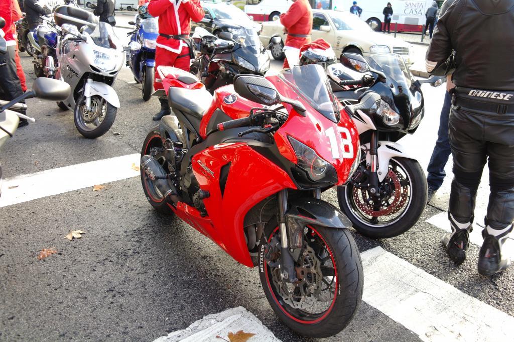 [CRÓNICA] Festa / Desfile de Natal 2014 - CBRPortugal.com - Página 5 SAM_9359_zps10cf46f6