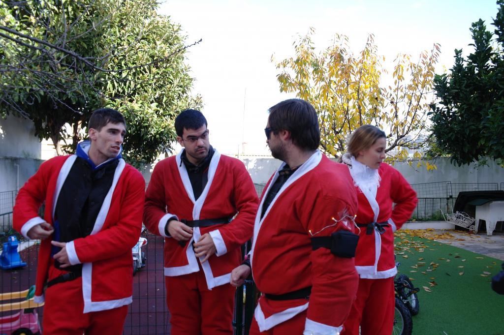 [CRÓNICA] Festa / Desfile de Natal 2014 - CBRPortugal.com - Página 5 SAM_9387_zpse0506d2a