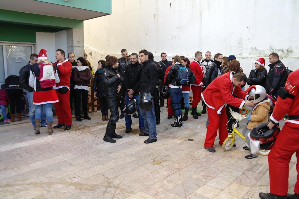 [CRÓNICA] Festa / Desfile de Natal 2014 - CBRPortugal.com - Página 5 SAM_9390_zps16205e6c