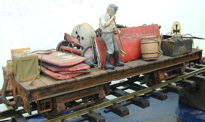 Hinkucker-Ladegut Flachwagen11