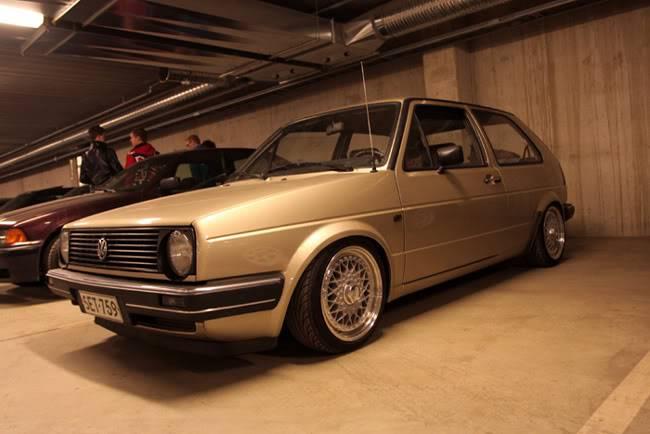 VW Golf -85 - Sivu 2 TIKU3