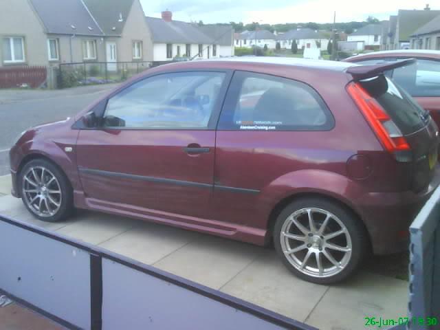 Svensey's Fiesta Mk6 DSC00466