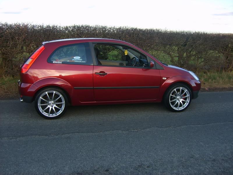Svensey's Fiesta Mk6 S5000853