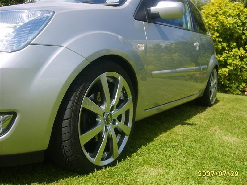 Svensey's Fiesta Mk6 S5001837Medium