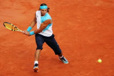® Rafael Nadal - مسيره وقصه بطل ® Nadal-backhand-high-point-backswing