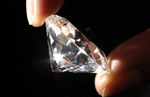 LAS JOYAS MÁS HERMOSAS DEL MUNDO - Página 6 Diamante1gf1