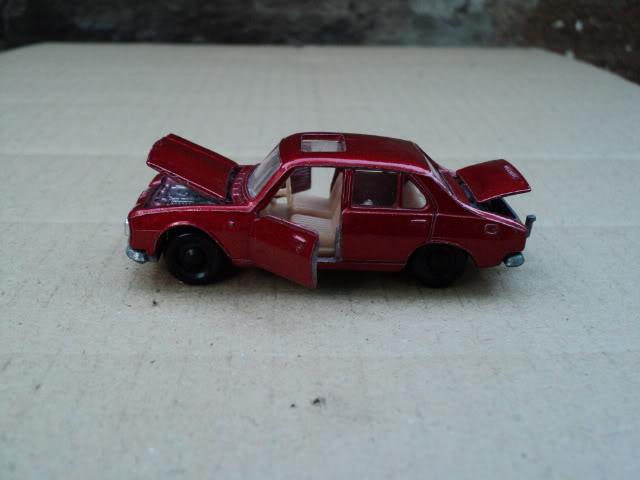 Simplemente...Peugeot 504 DSC00224