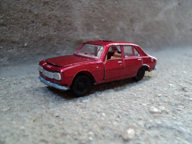 Simplemente...Peugeot 504 N239Peugeot504