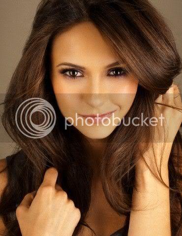 Nina Dobrev - Page 4 Nina-dobrev-photoshoot-the-vampire-diaries-tv-show-14899860-370-480