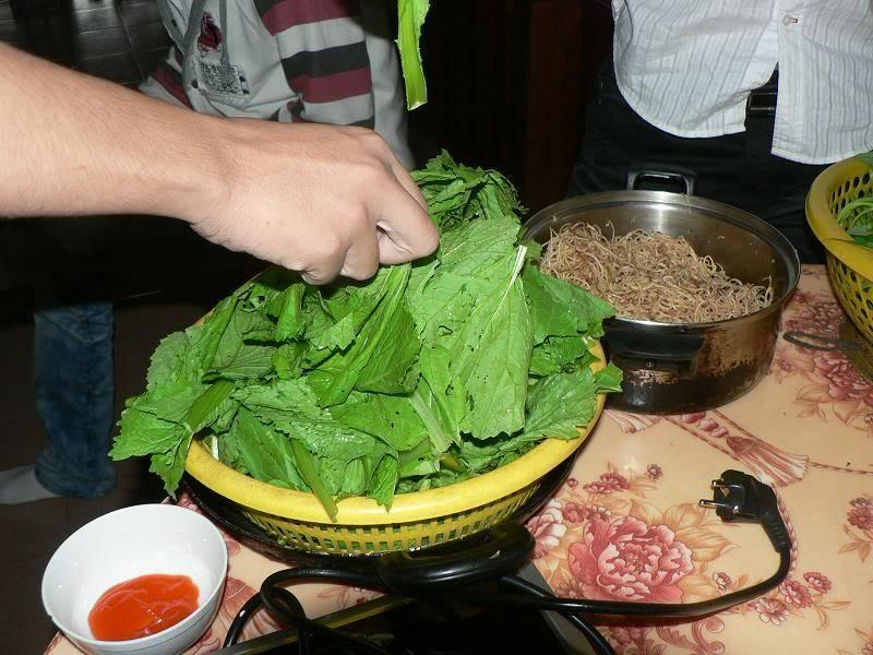 Ăn nhậu nhà Phú Dâm mùng 4 Tết Tân Mão P1150101