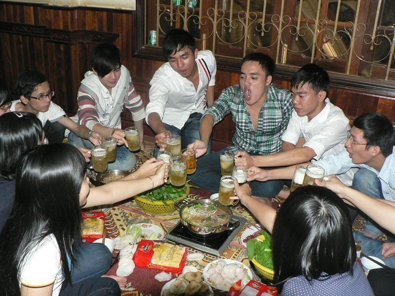 Ăn nhậu nhà Phú Dâm mùng 4 Tết Tân Mão P1150109